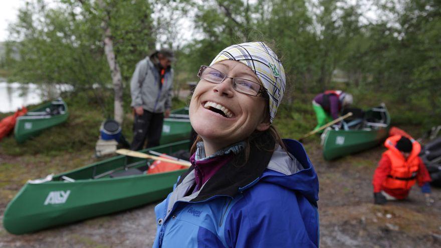 Kari Sangro Olestad – «Ingen Grenser»-Kari utsatt for identitetstyveri, hun føler seg misbrukt! thumbnail